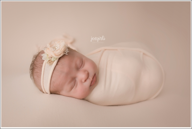 Jozgirli Photography Newborn Girl